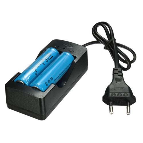 Batterilader 2 x 18650 inklusive 2 stk batterier