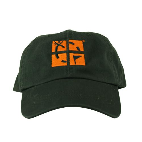 caps med brodert logo