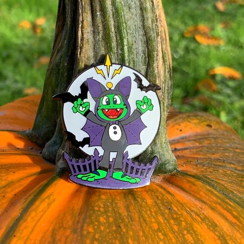 Signal the Frog™ Halloween Geocoin